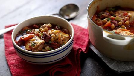 Recetas – Chorizo, pollo y  cazuela de garbanzos