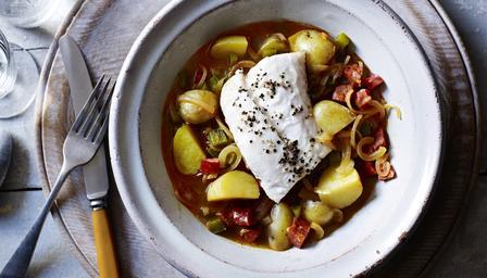 Recetas – Merluza con chorizo y patatas