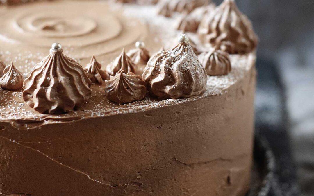 Receta de pastel de chocolate   SimplyRecipes.com