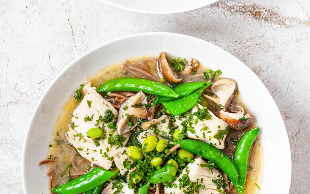 Sopa de pescado Miso fácil con receta de soba