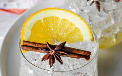 Mocktail de calabaza de naranja amarga especiada