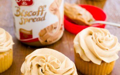 Bizcochos de Biscoff con glaseado de mantequilla de galleta