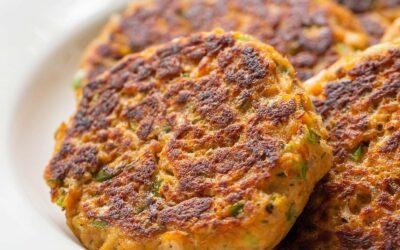 Empanadas de salmón {tortas de salmón} | SimplyRecipes.com