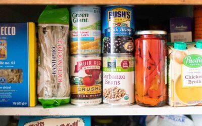 Cómo almacenar su despensa para distanciamiento social (¡+ recetas!)