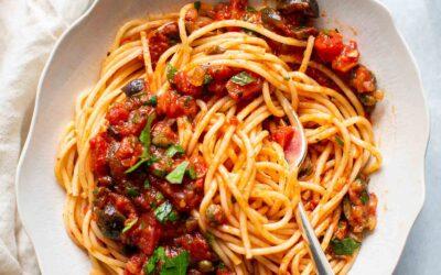 Receta Pasta Puttanesca | SimplyRecipes.com