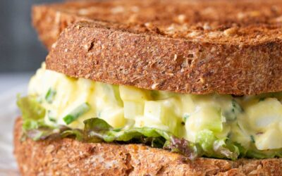 Sandwich de ensalada de huevo (¡con Zing extra!)