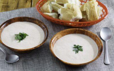 Receta de sopa de tomate casera rápida y fácil para noches frías