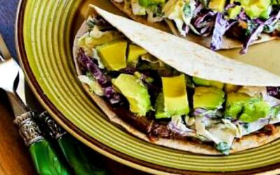 Tacos de carne deshebrada con ensalada picante de repollo y aguacate (video) – Kalyn's Kitchen