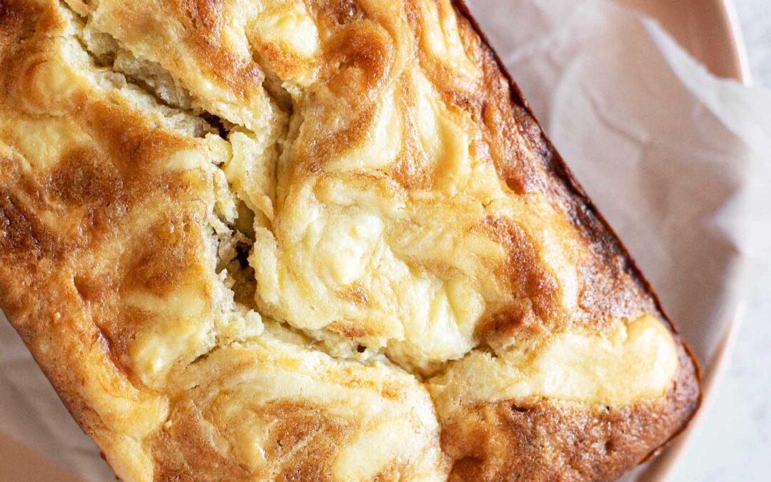 Receta de pan de plátano y queso crema