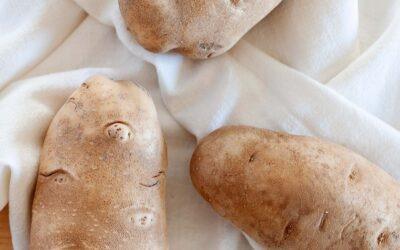 Cómo limpiar y preparar papas para cocinar