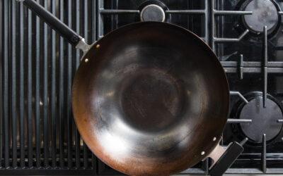 Elementos esenciales de cocina para cocinar comida vietnamita en casa