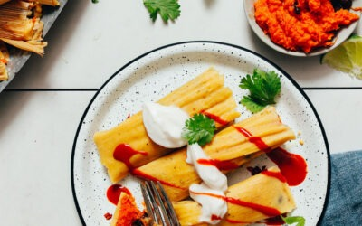 Tamales de frijol negro y patata dulce (veganos)