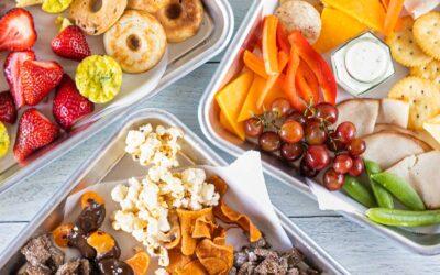 Idea de almuerzo de verano preparada para niños: ¡Pruebe una bandeja de pastoreo!