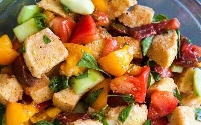 Receta de ensalada de pan Panzanella |  SimplyRecipes.com