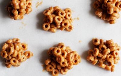 Bocaditos de cereales veganos de mantequilla de maní